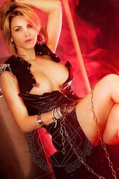 Lady Emy  COMO 3889946874