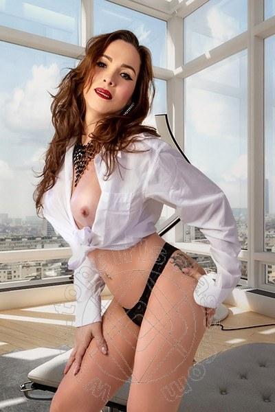 Claudia Sexy Hot  COLONNELLA Torno presto